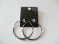Pair of dark hoop earrings - ex high street (Code 0206)